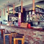 夜遅くまで楽しめるカフェ&レストラン−FIVE Bar